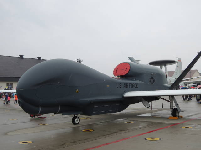 RQ-4 グローバルホーク 2.JPG